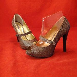Hale Bob peep toe leather shoe 8 1/2M